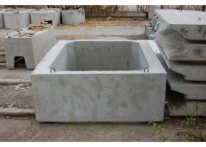 Бетонный квадратный колодец: особенности строительства и уход